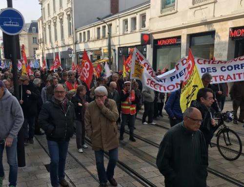 Tours : 600 retraités manifestent dans le centre-ville